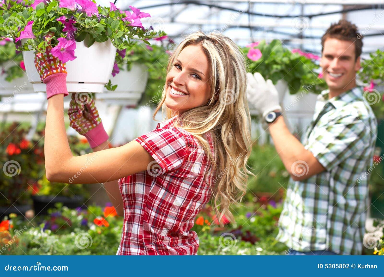 Download Fioristi fotografia stock. Immagine di casa, serra, botanico - 5305802