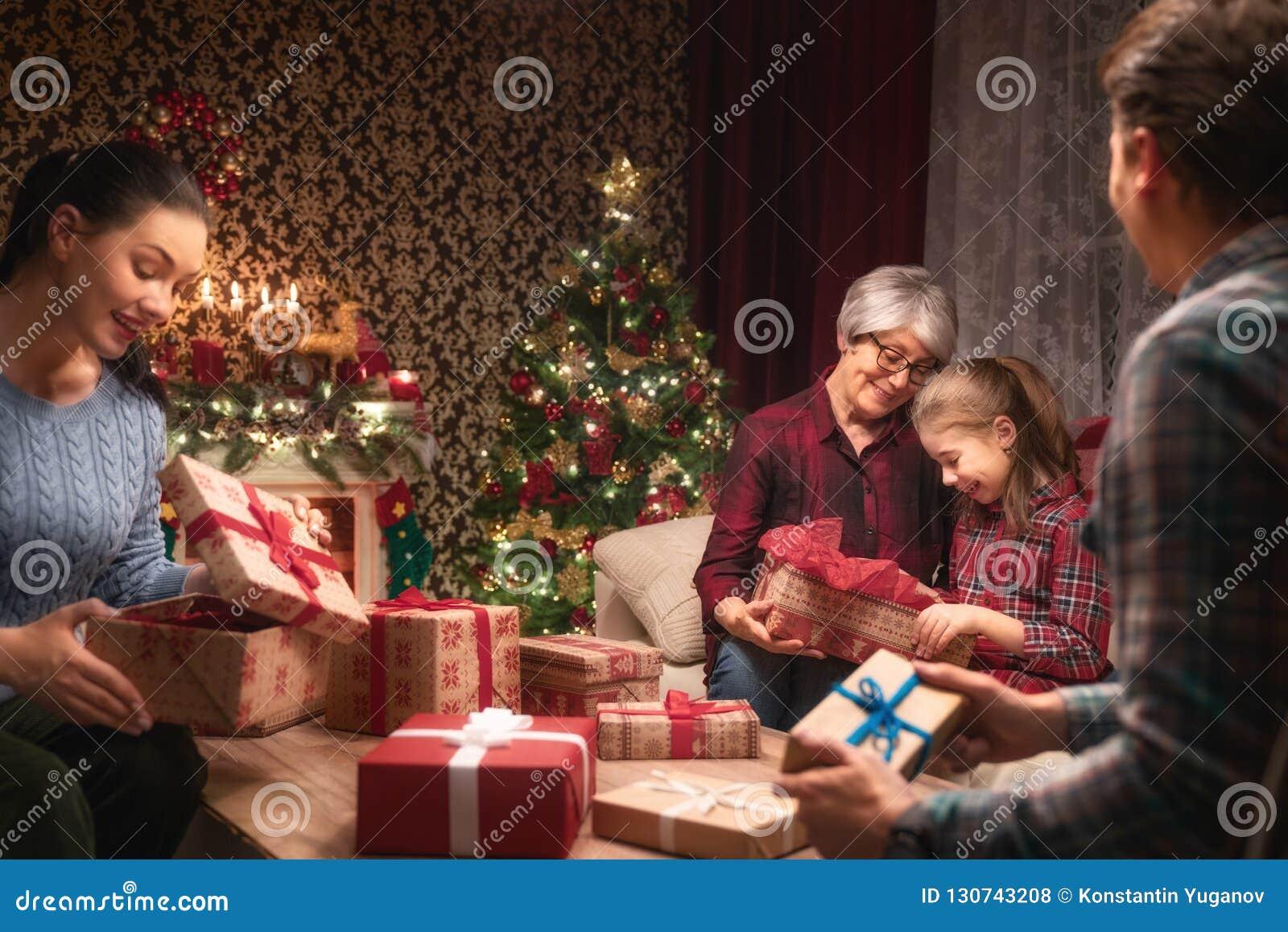 Fira jul för familj