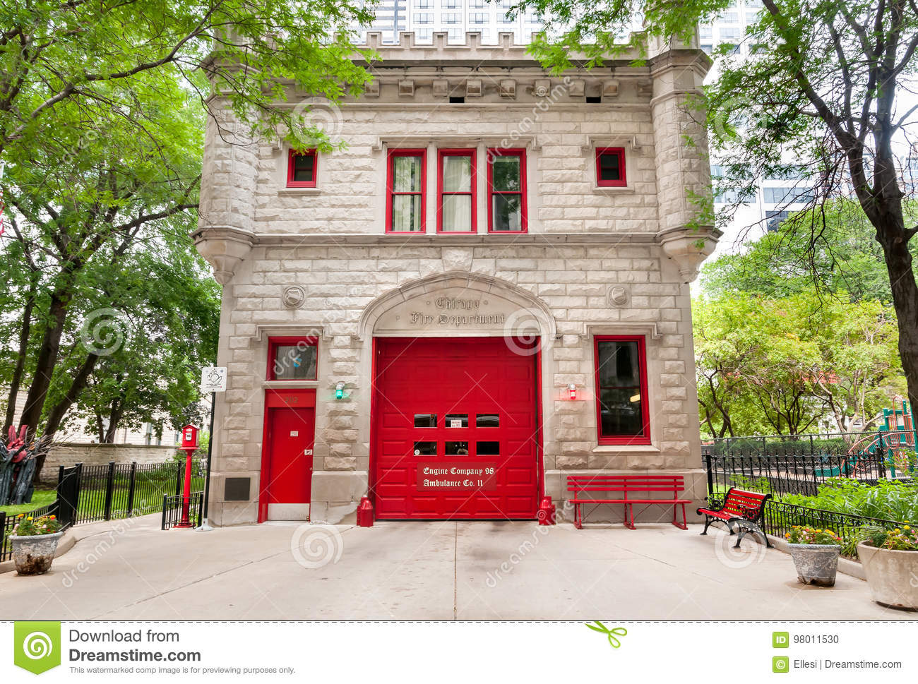 Fire Department Building In Chicago Downtown Editorial Image