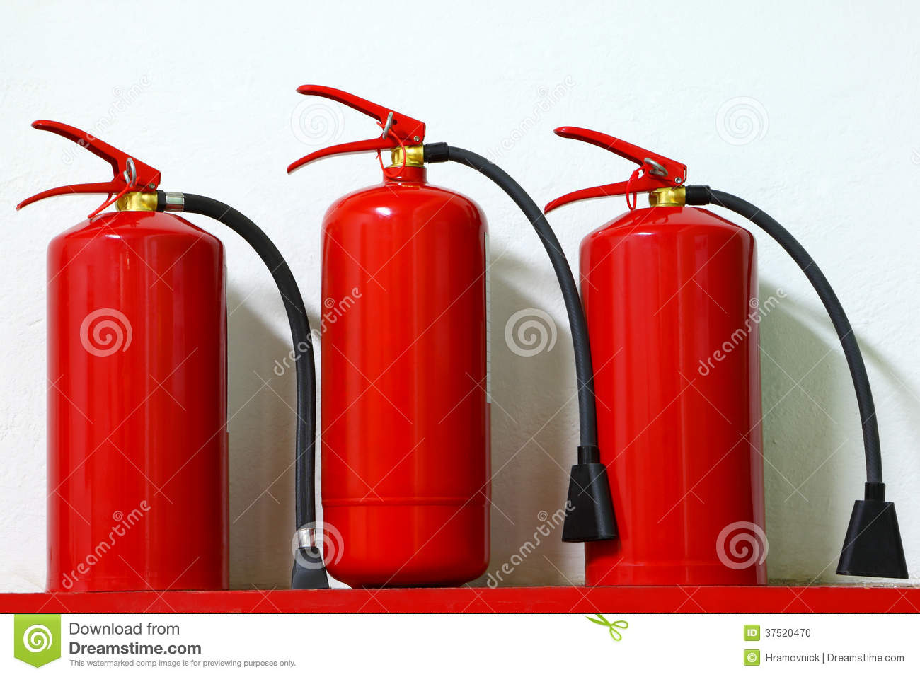 fire safety in a factory No matter what kind of work goes on or equipment is used on the factory floor, fire  extinguishers are vital safety equipment that all employees, including.