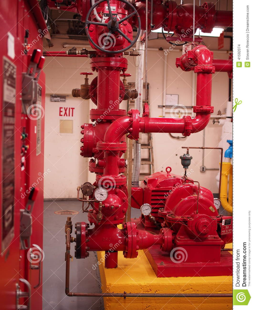 Home Fire Sprinkler System Design: Fire Pump Sprinkler And Standpipe Systems Stock Photo