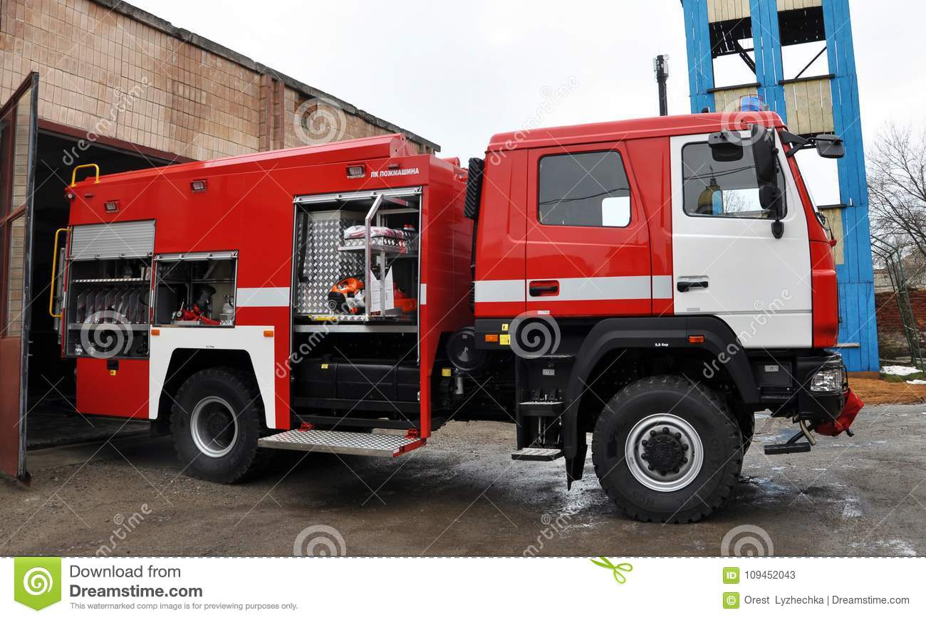 Ware  units rescue vehicles