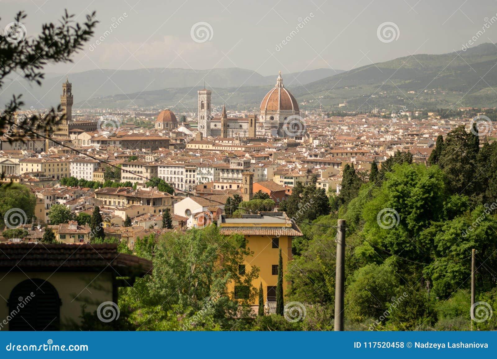 Firenze, Italia - 24 aprile 2018: vista sui Di Santa Maria del Fiore di Cattedrale