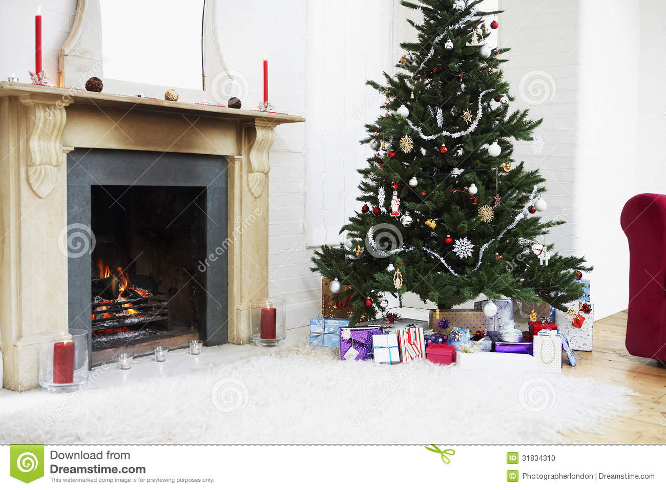 Fireplace and christmas tree with presents stock photo image 31834310 for Christmas tree in living room photos