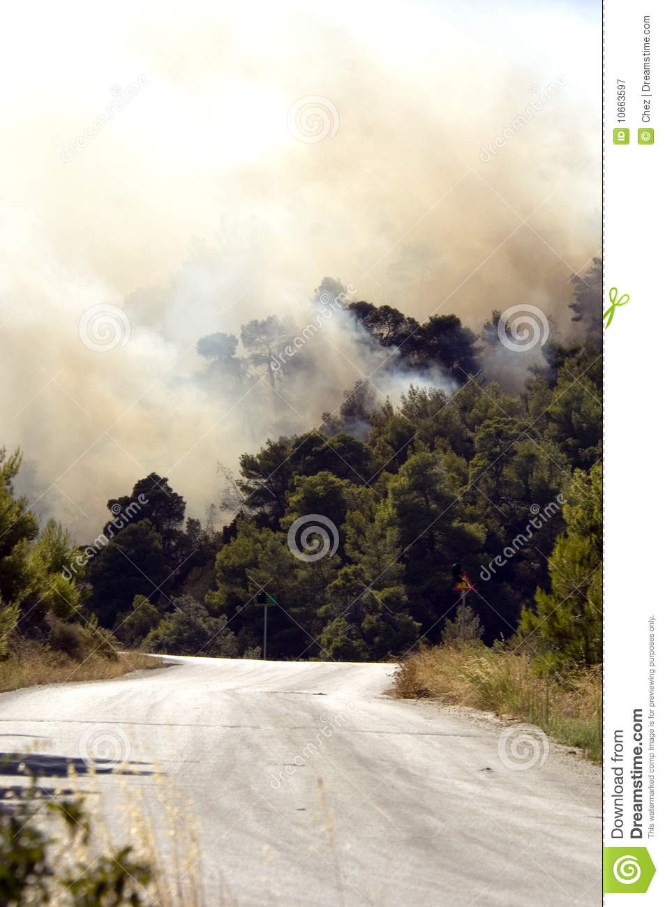 Fires broach road in Athens