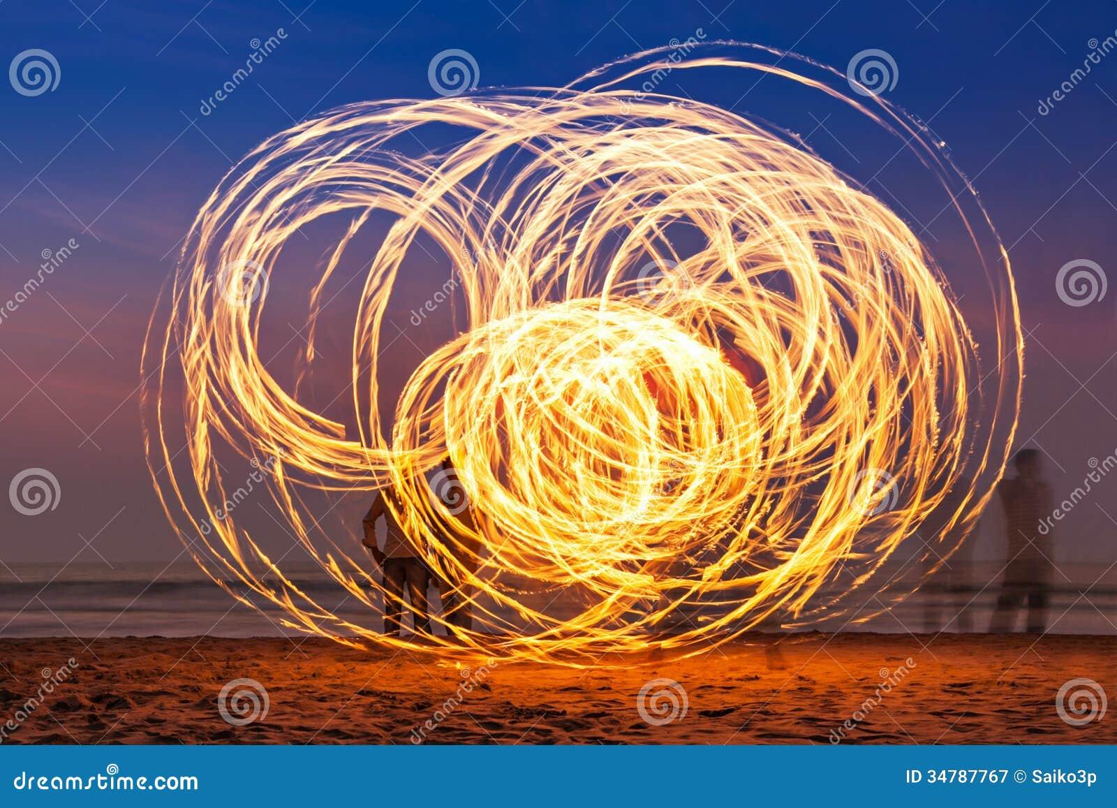 Fireshow на пляже