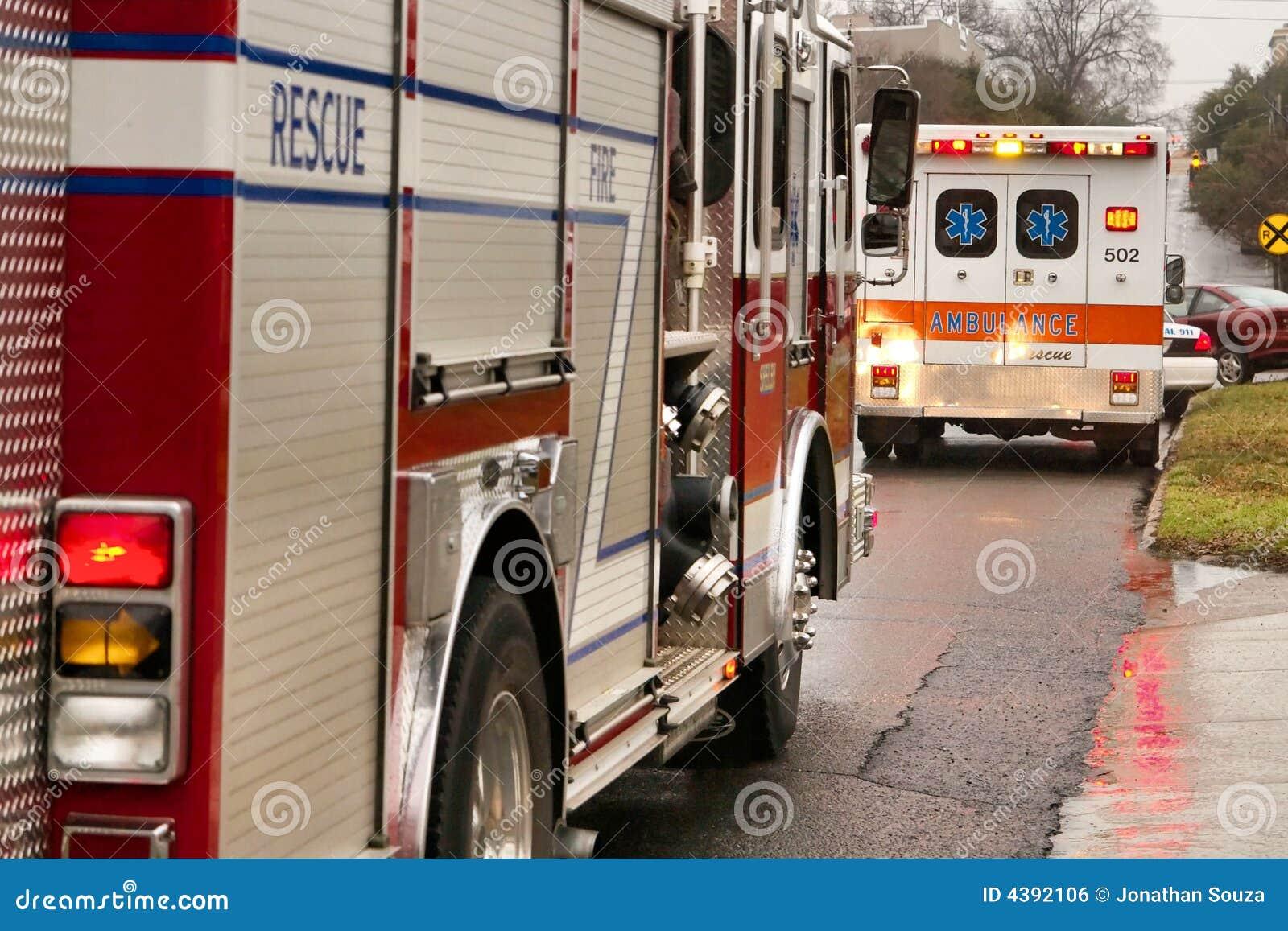 Firetruck en ziekenwagen