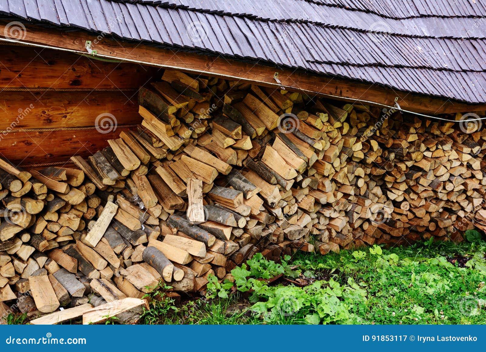 Firewood Immagazzini la legna da ardere