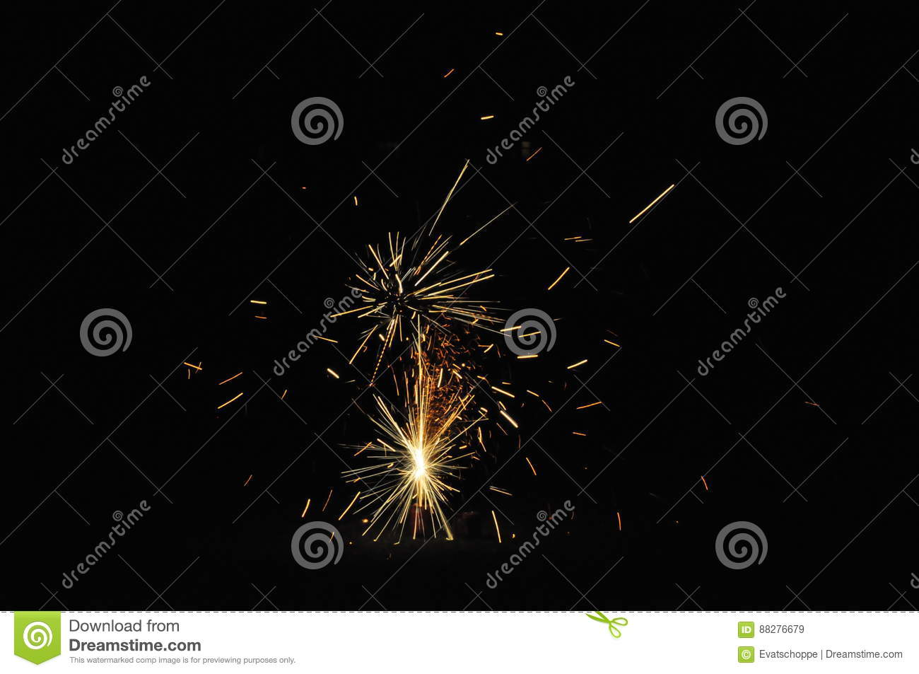Download Fireworks On Guy Fawkes Night In New Zealand Stock Image - Image of holiday, fireworks: 88276679
