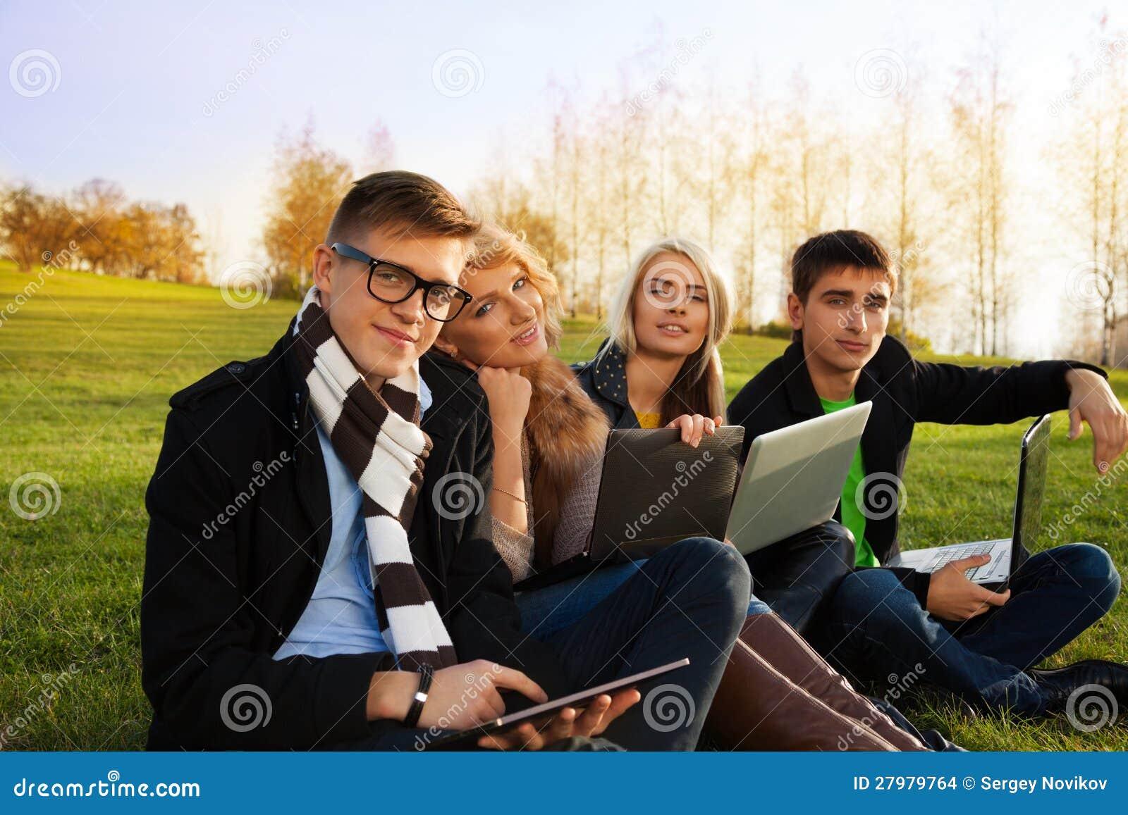 Firma der jungen Erwachsener