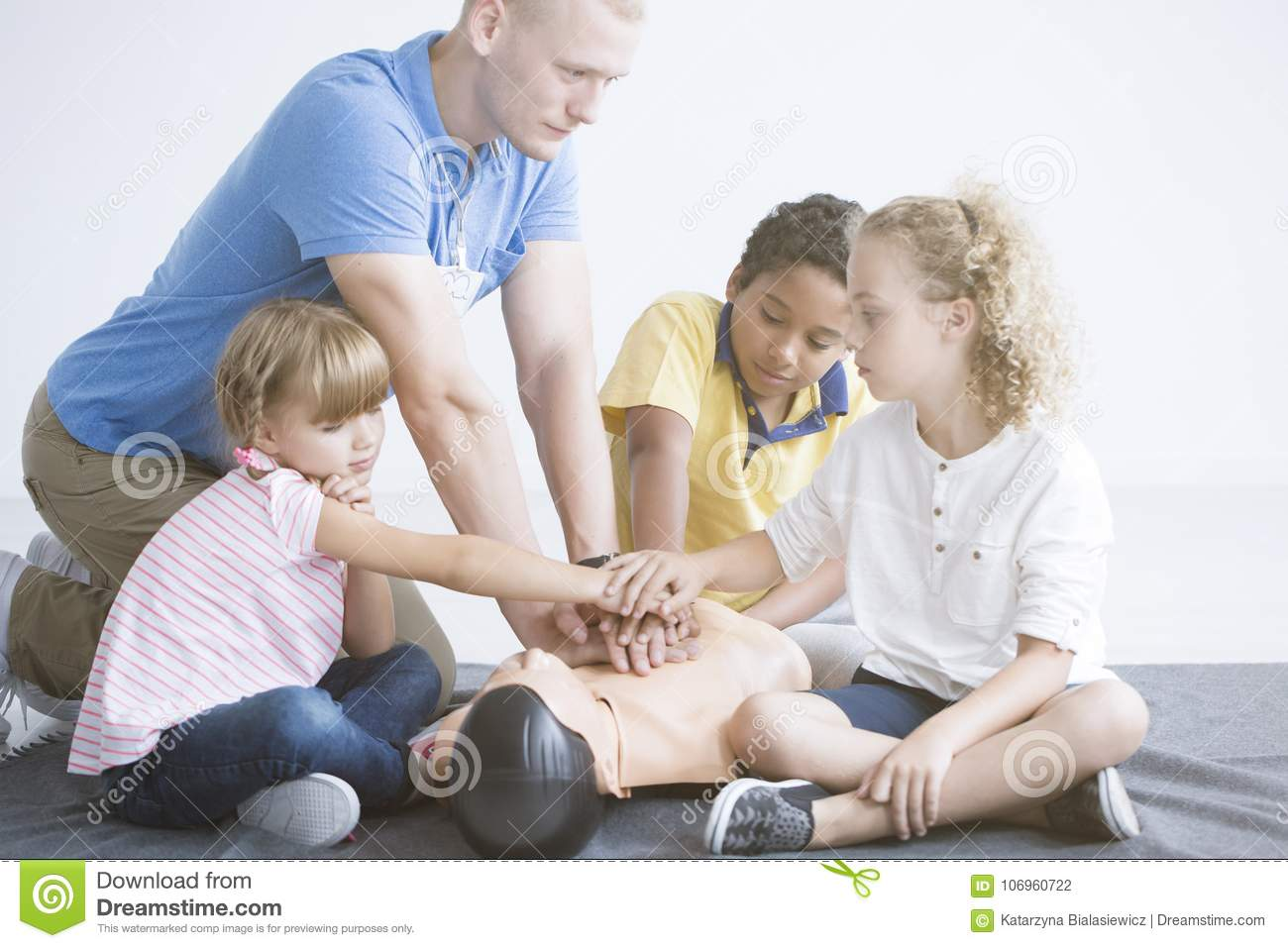 First aid training for children