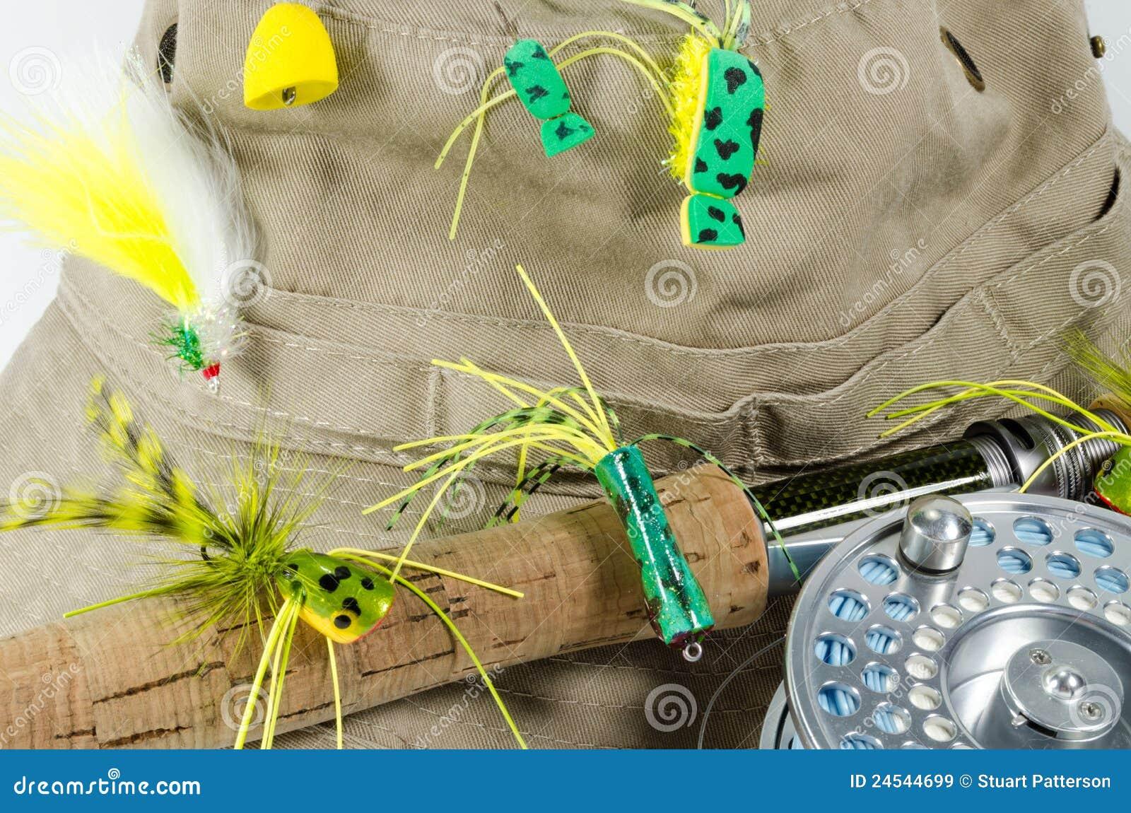 Fischen-Hut mit Fliege Rod und Bandspule mit Baß fliegt