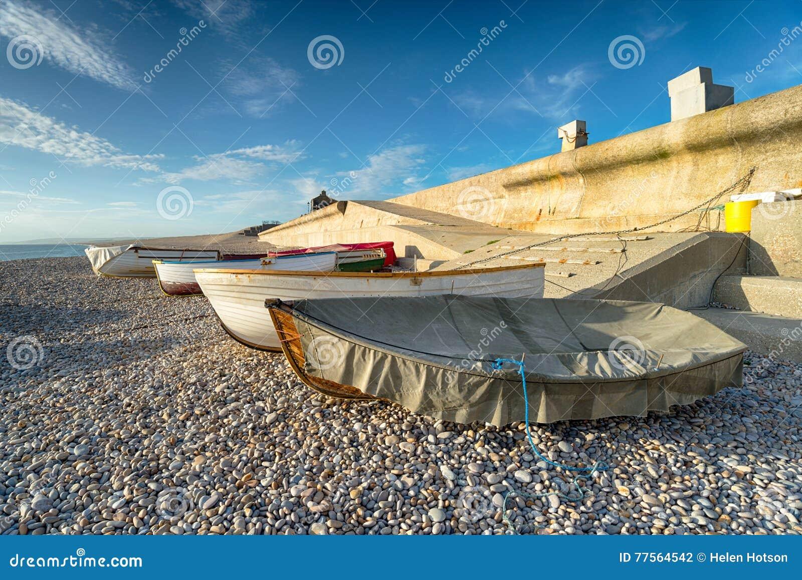 Fischerboote an Chesil-Bucht