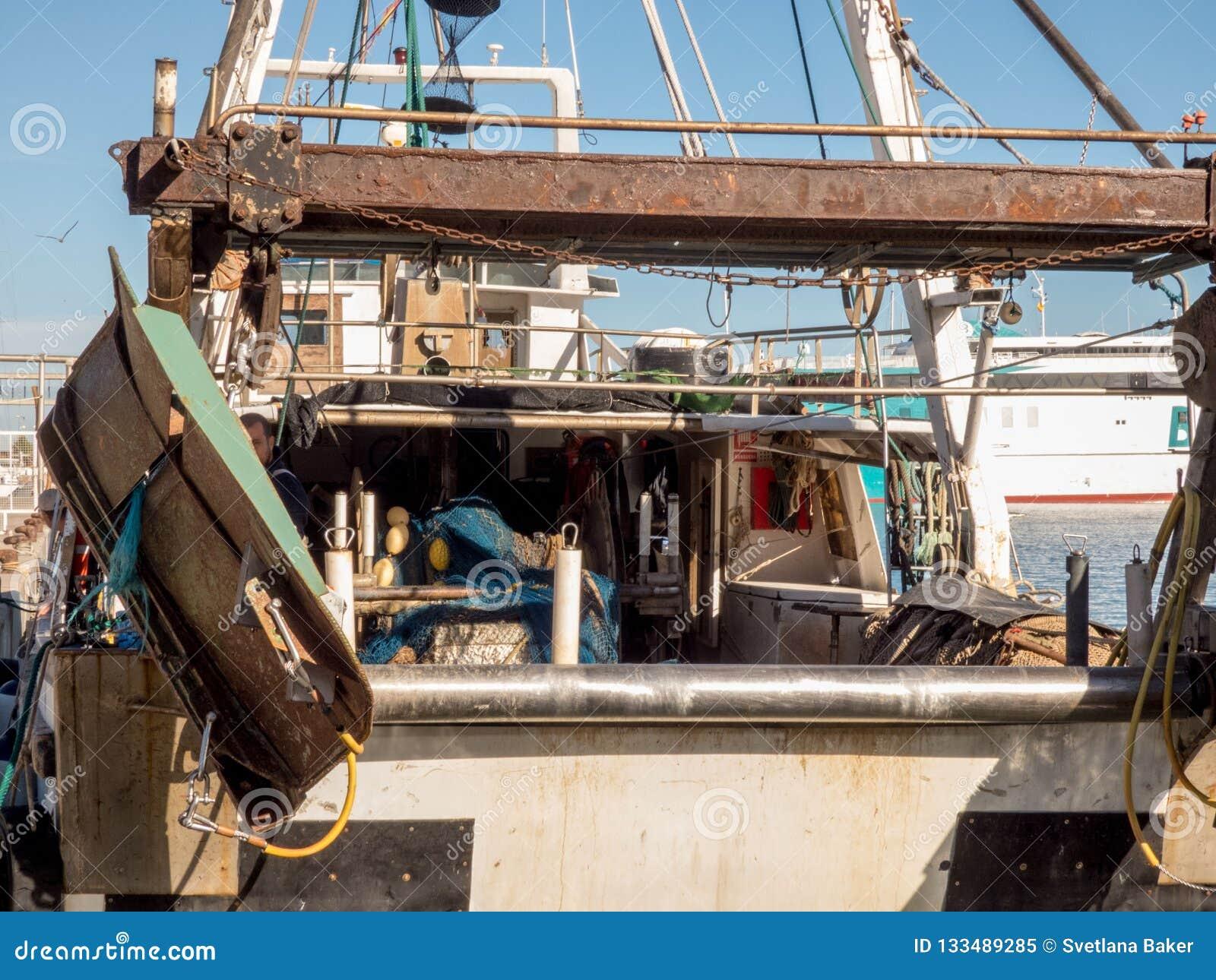 Fischerboote in einem Hafen
