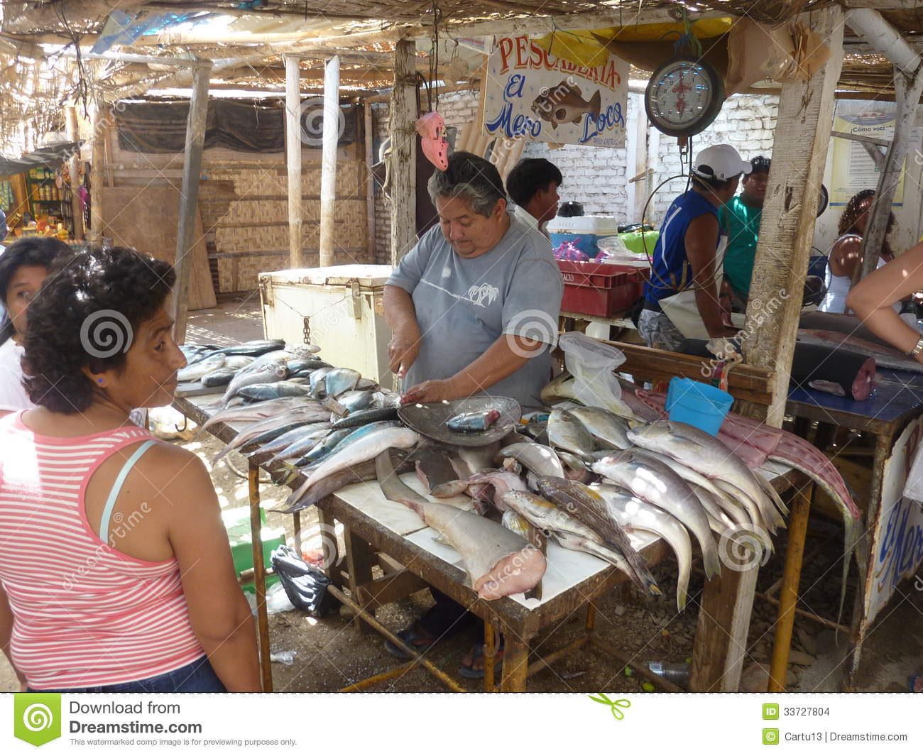 Fish market editorial stock image image 33727804 for Pacific fish market