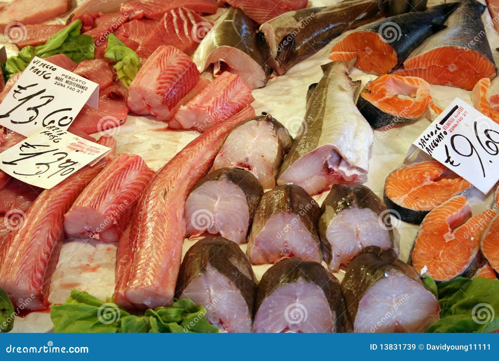Fish market near rialto venice royalty free stock images for Nearest fresh fish market