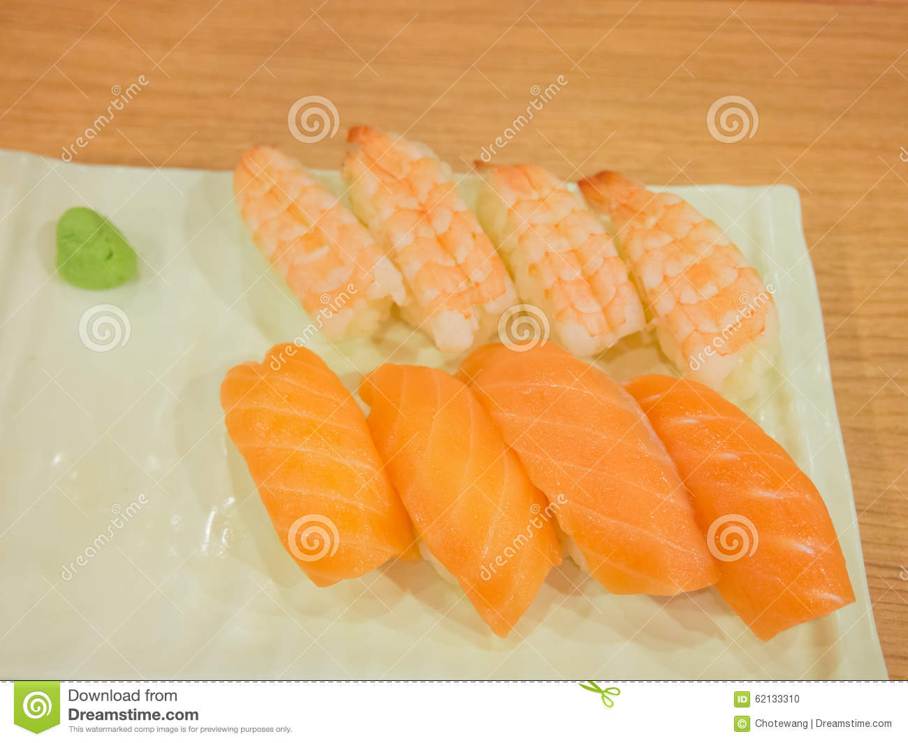 how to cut prawns for sushi