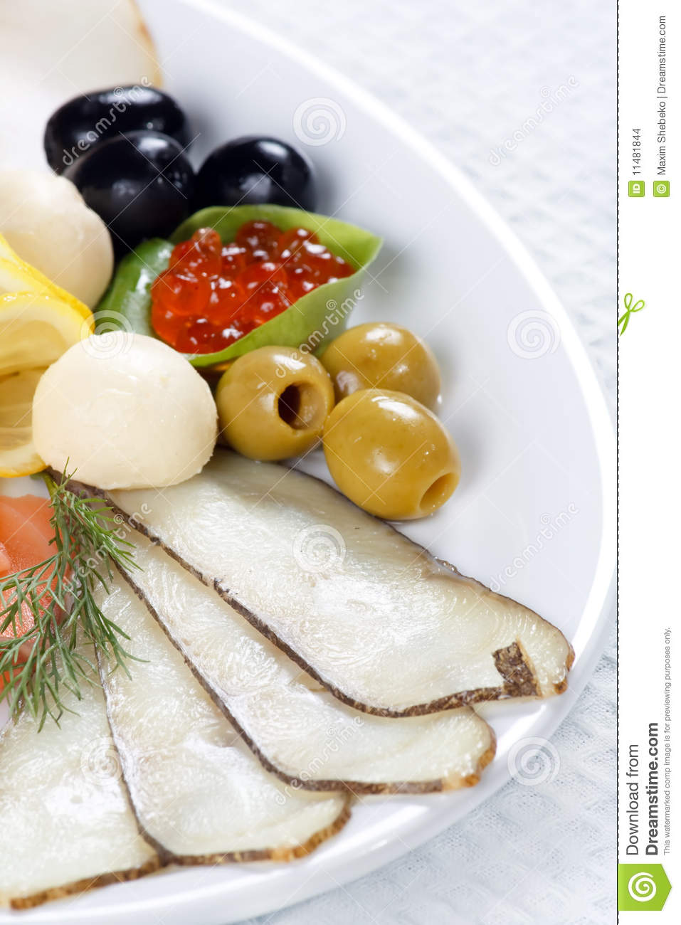 Fish with vegetables stock images image 11481844 for Fish with vegetables