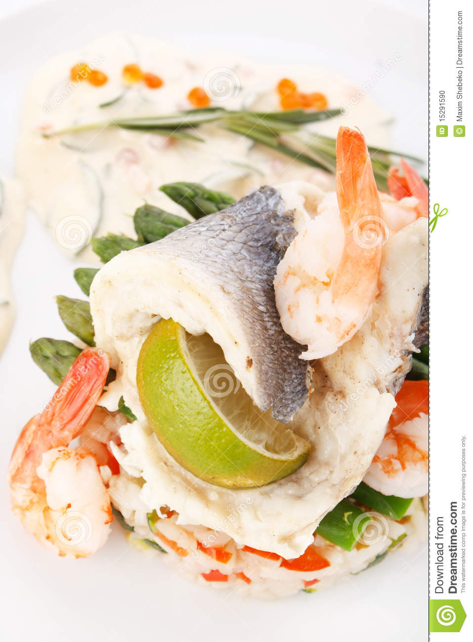 Fish with vegetables stock photo image 15291590 for What vegetables go with fish