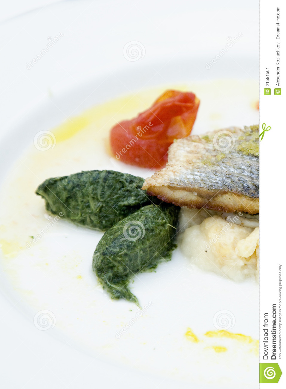 Fish with vegetables potatoes stock image image 21581501 for Fish with vegetables