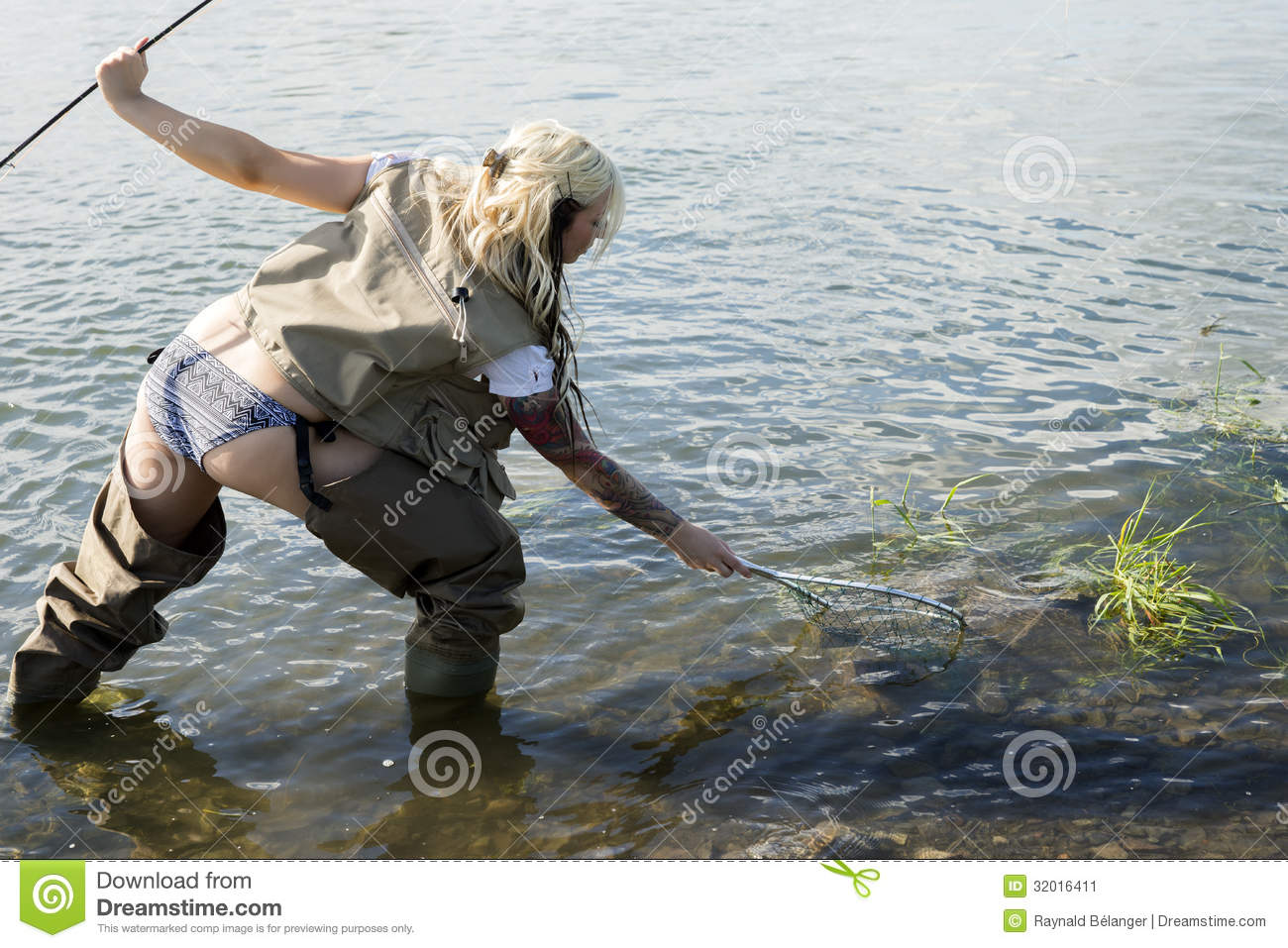 image Girl in fishing net playing herself