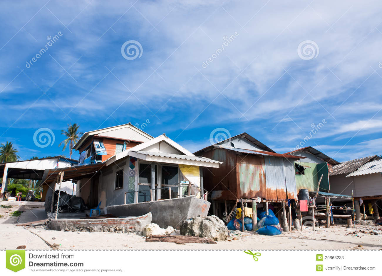 Pictures of houses on the beach - Beach