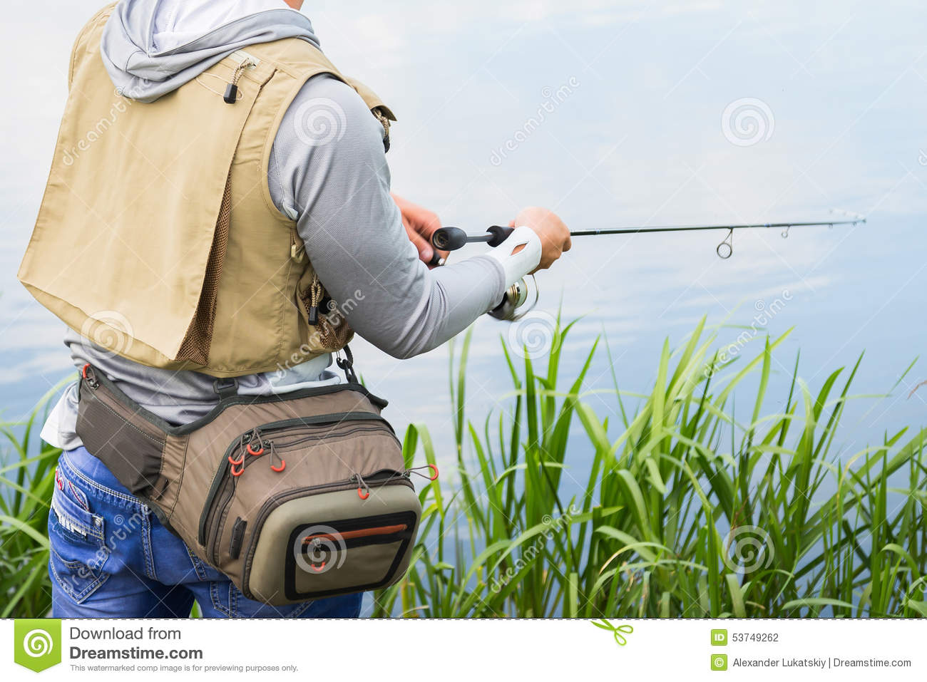 how to catch big fish from river bank