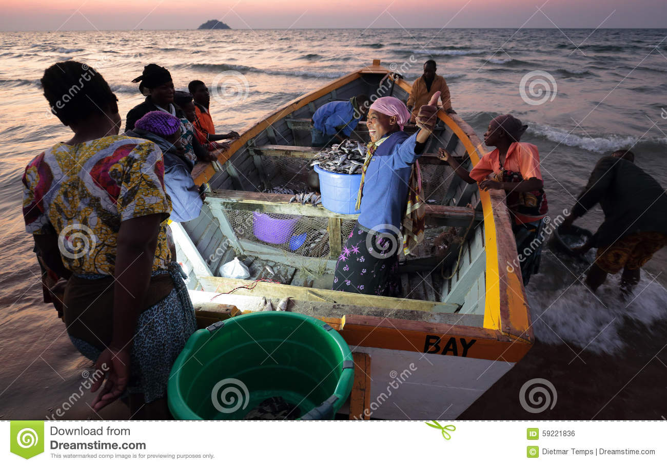 Fishermen And Market Women, Malawi Editorial Photo - Image