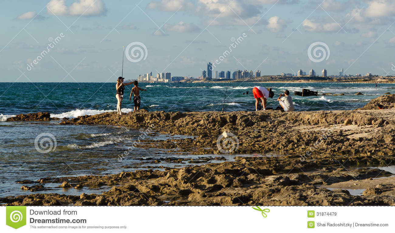 Fishing On A Beautiful Ocean Pier Editorial Stock Image Image 31874479