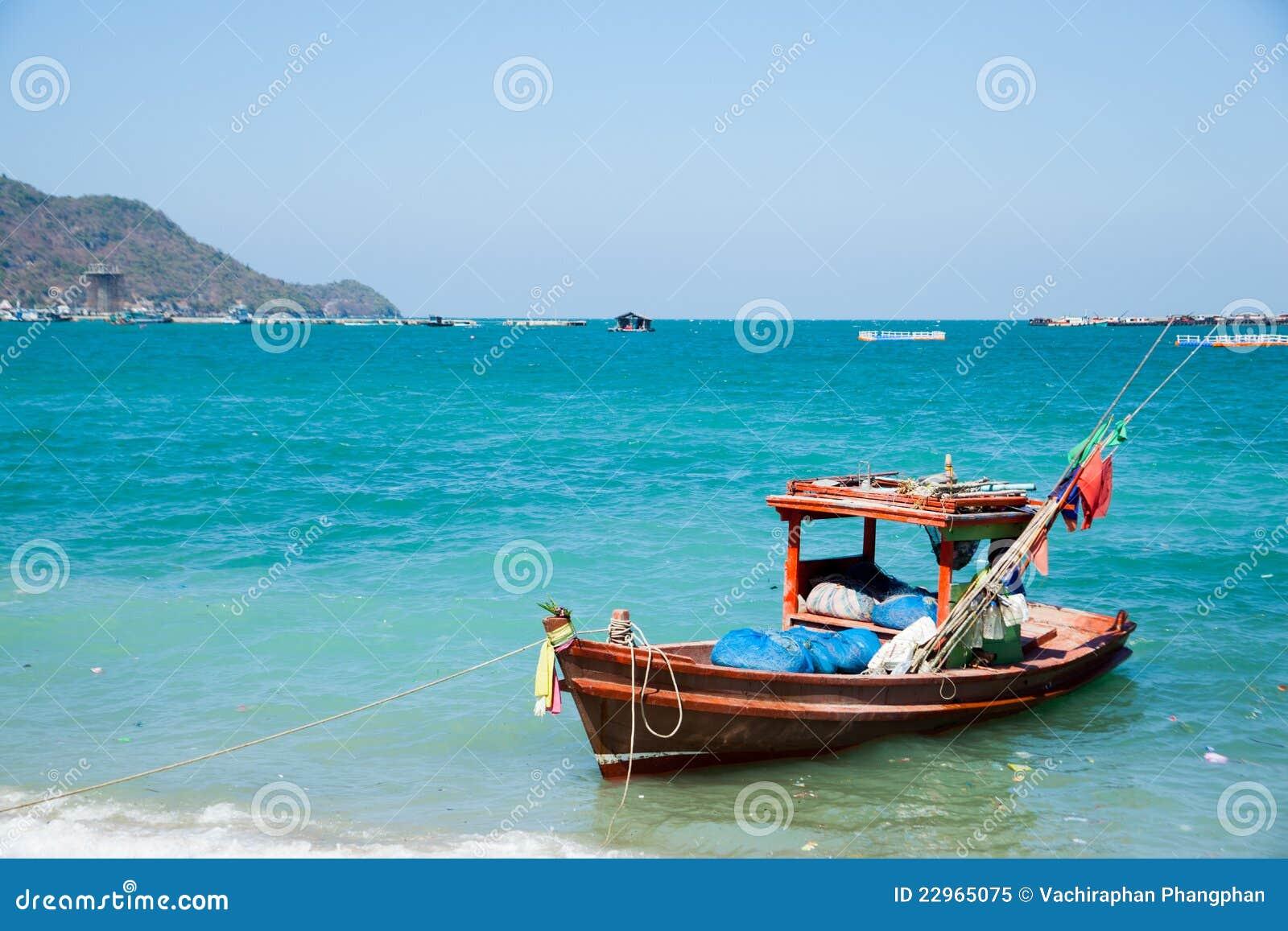Fishing boat royalty free stock photo image 22965075 for Free fishing boats