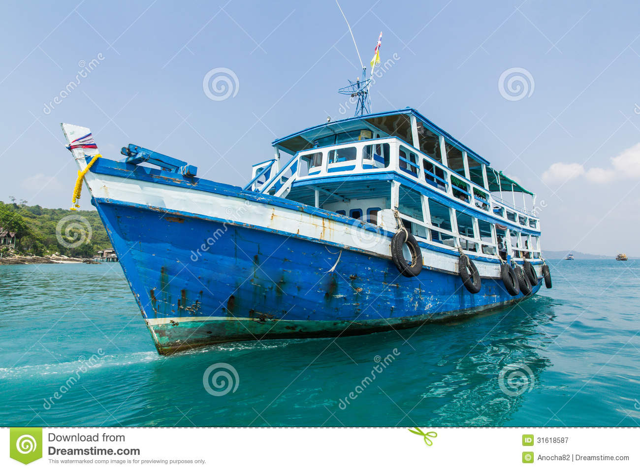 Fishing boat royalty free stock photography image 31618587 for Free fishing boats