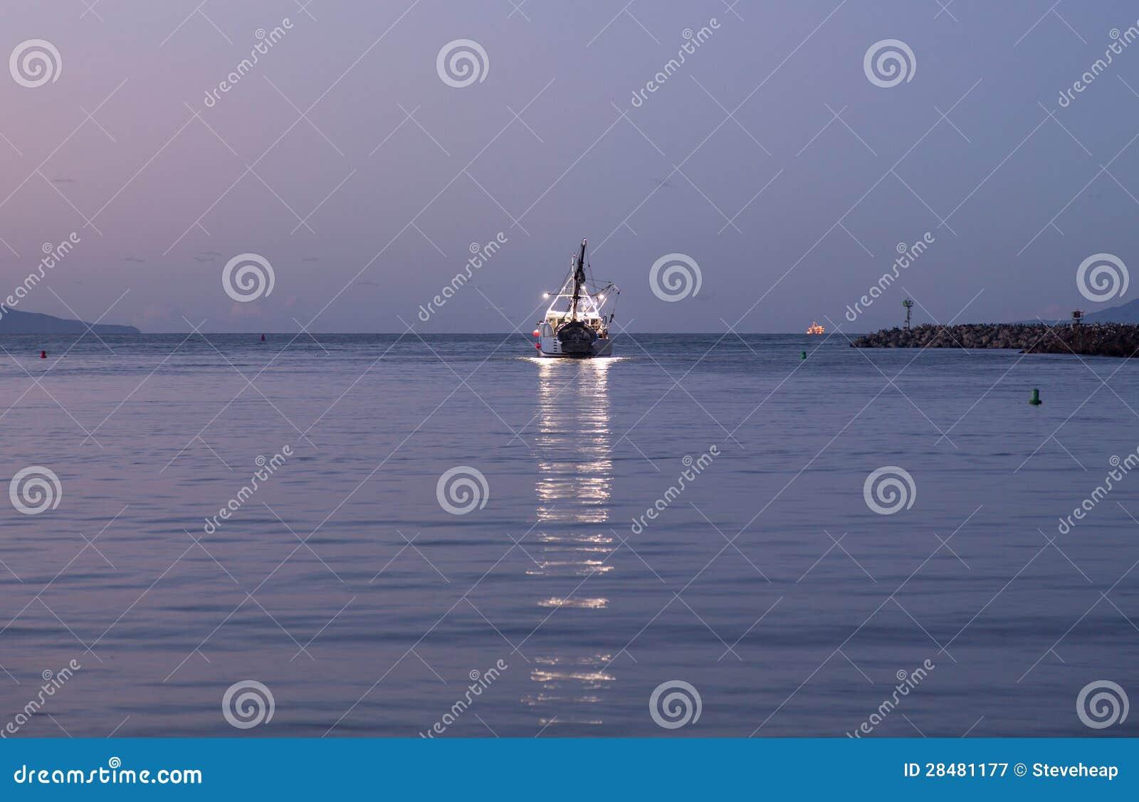 Fishing boat leaving ventura harbor dawn royalty free for Ventura sport fishing