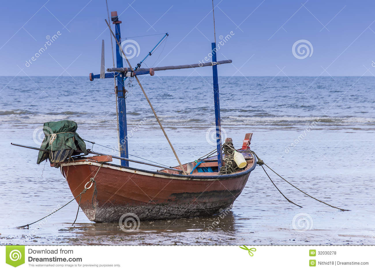 Fishing boat royalty free stock photos image 32030278 for Old fishing boat