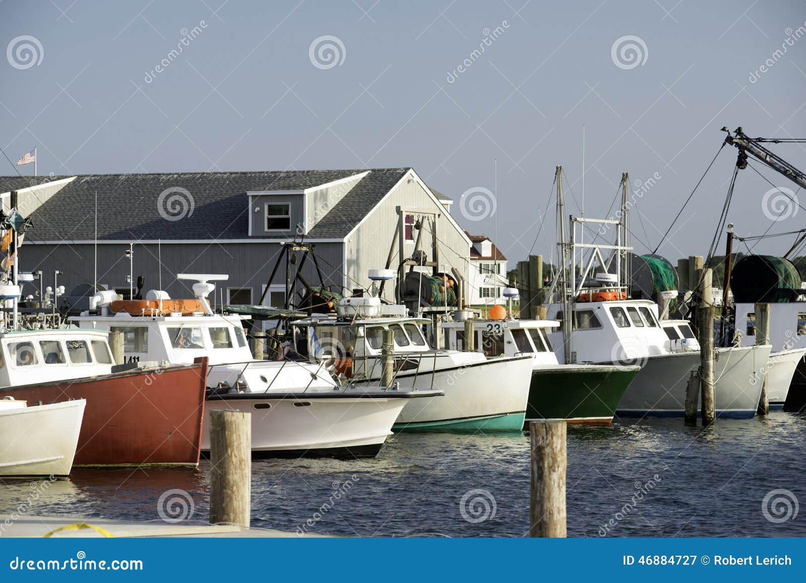 Fishing boats in bay harbor marina montauk new york usa for Nys fishing license prices