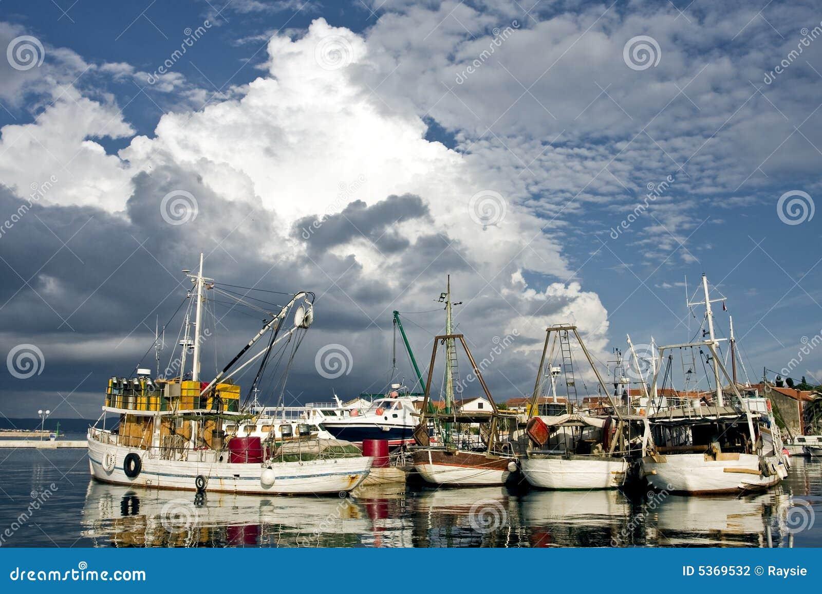 Fishing boats in croatia stock photography image 5369532 for Fishing in croatia