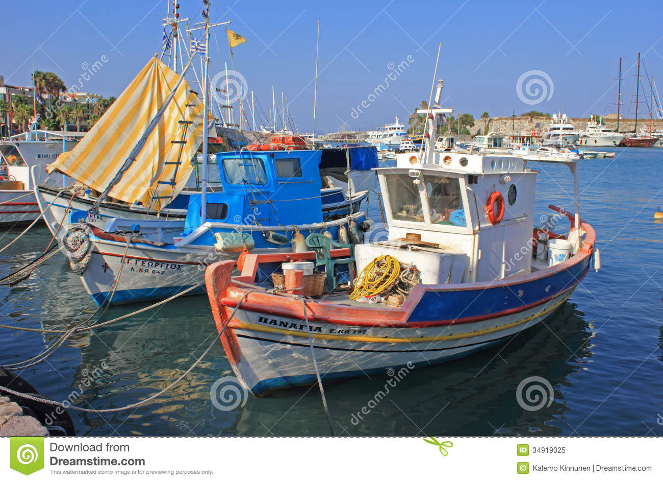 Fishing boats greece editorial image image of buildings for Free fishing boats