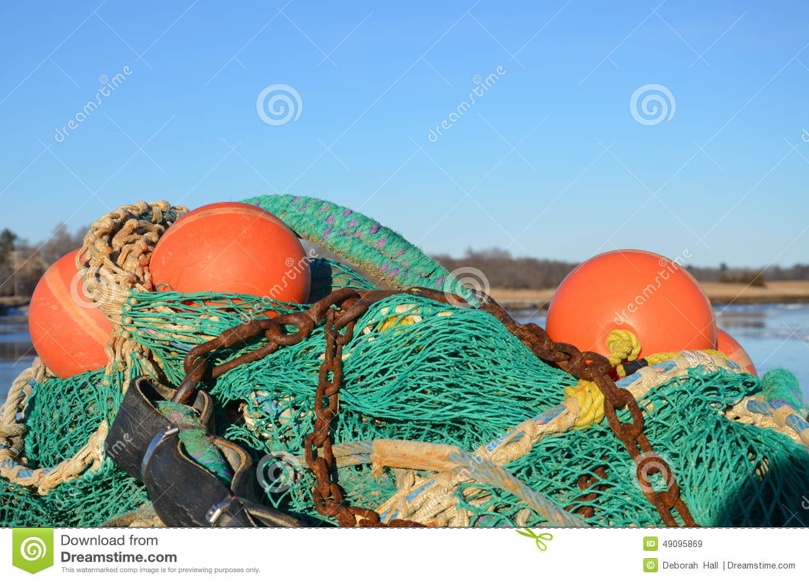 Fishing gear near the new england coast for Winter fishing gear