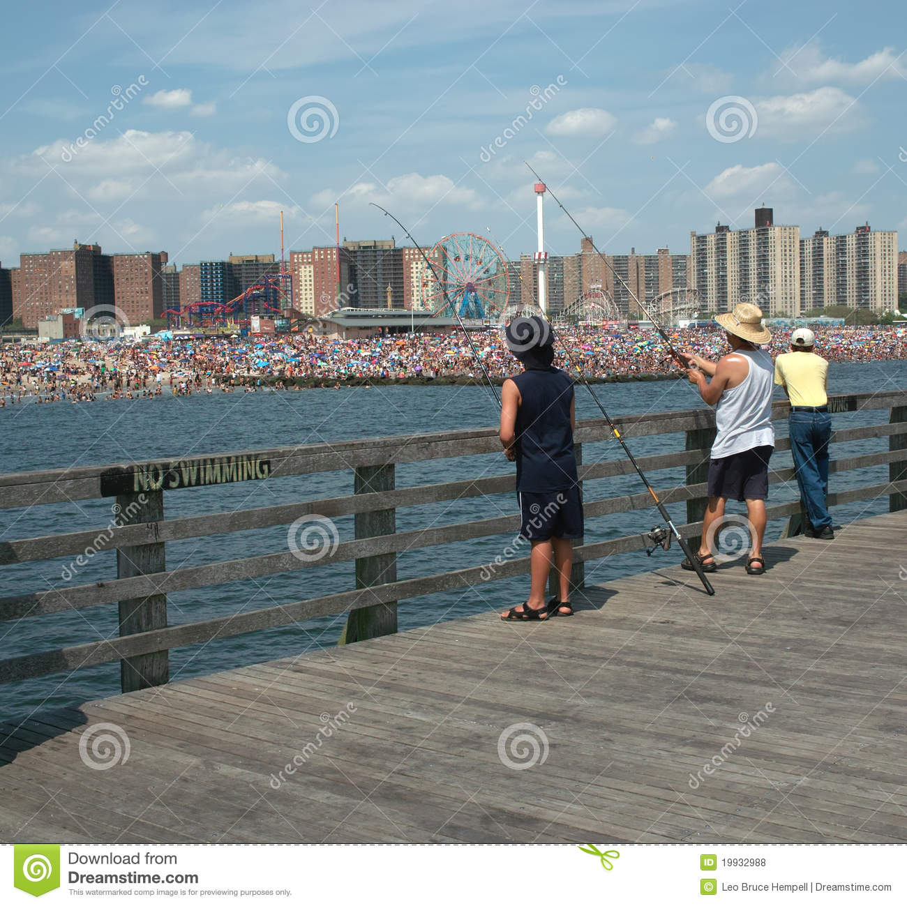 Fishing coney island pier brooklyn new york usa for Nys fishing license prices