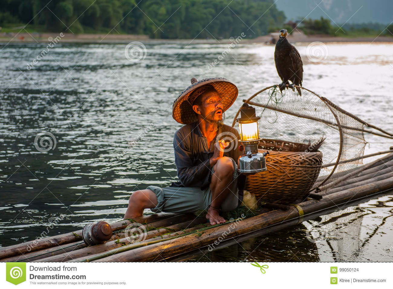 a94bb986151 Fishing old man editorial stock image. Image of fish - 99050124