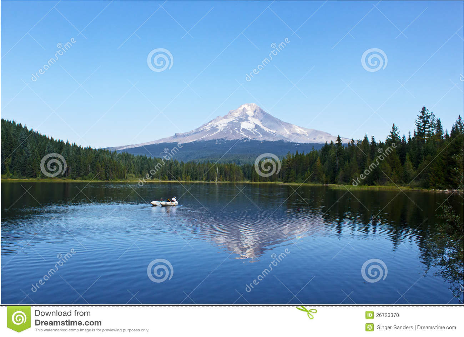 Fishing on trillium lake oregon stock photo image 26723370 for Fish lake oregon
