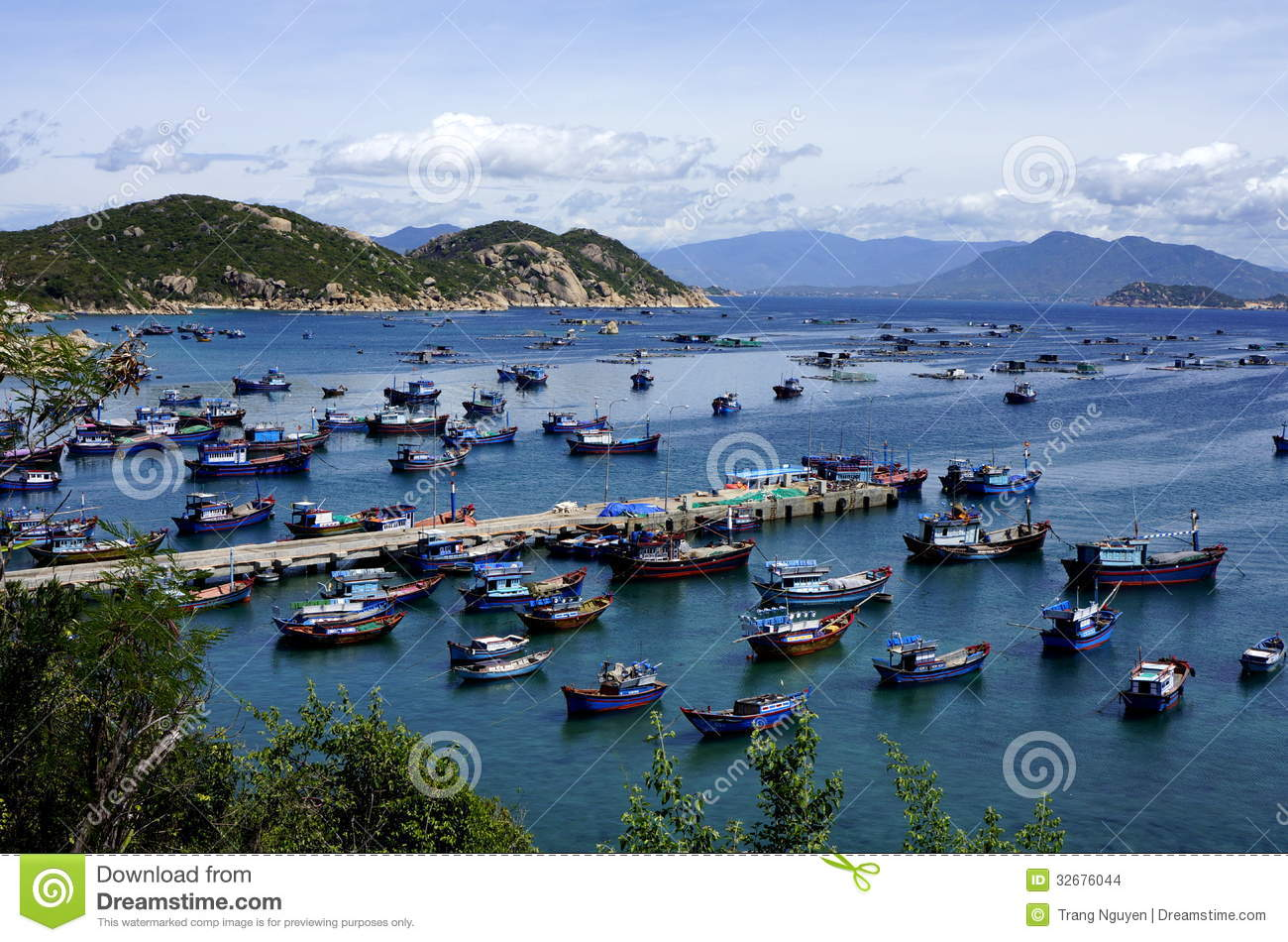 Vietnam fishing village stock photo. Image of harbour - 32676044