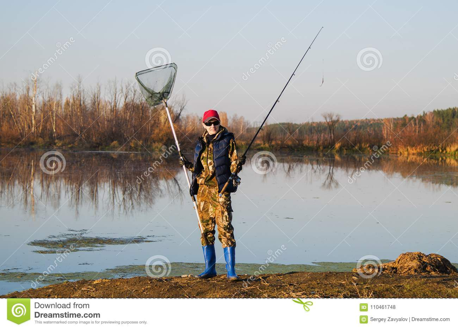 Fiskare med snurrstången