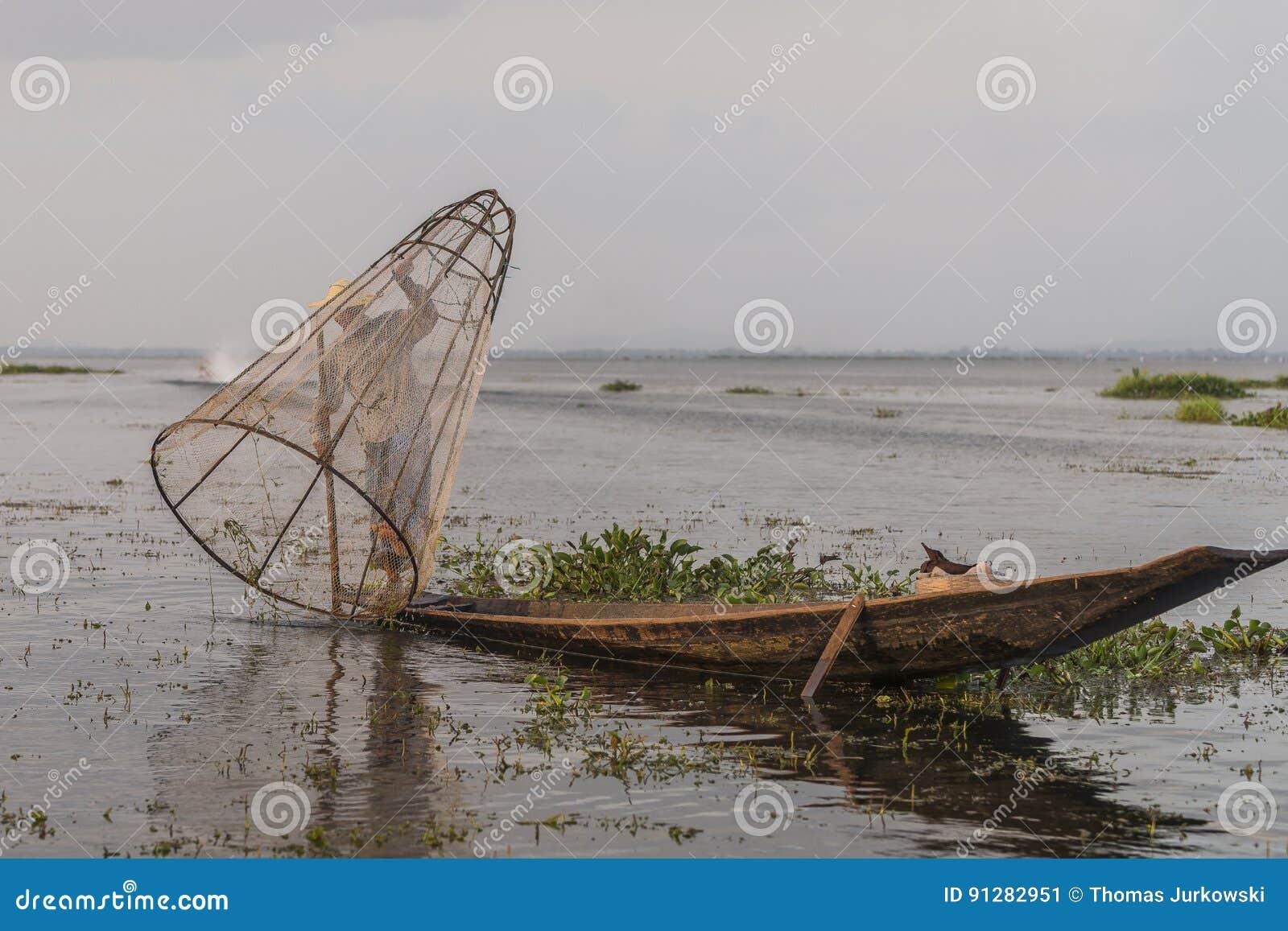 Fiskare på Inle sjön i Myanmar