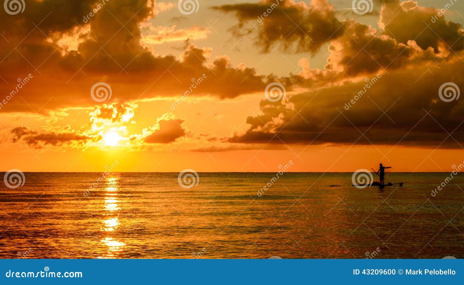 Download Fiskare Silhouette Fishing På Solnedgången Arkivfoto - Bild av morgon, askfat: 43209600