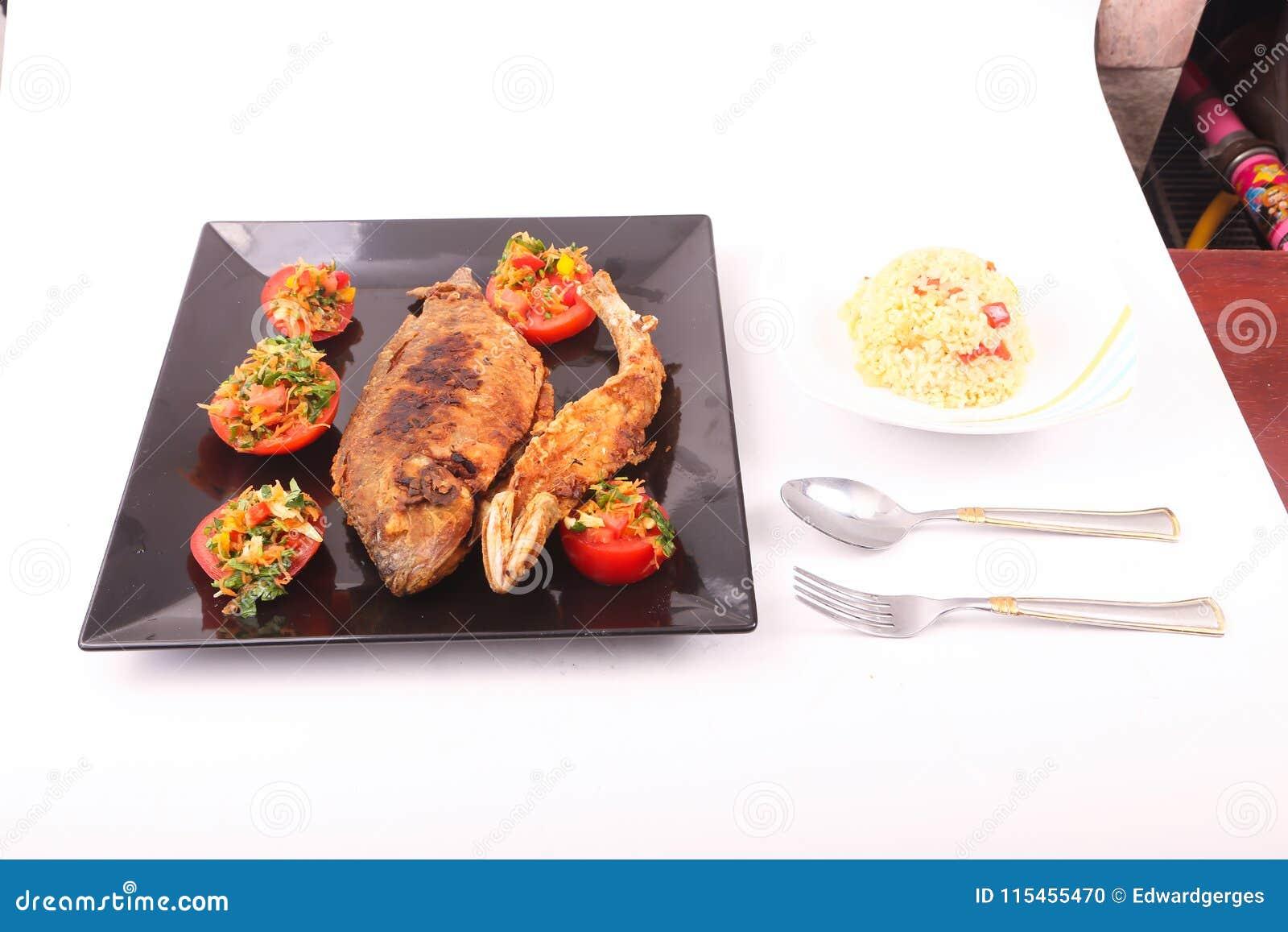 Fiskmål med sallad