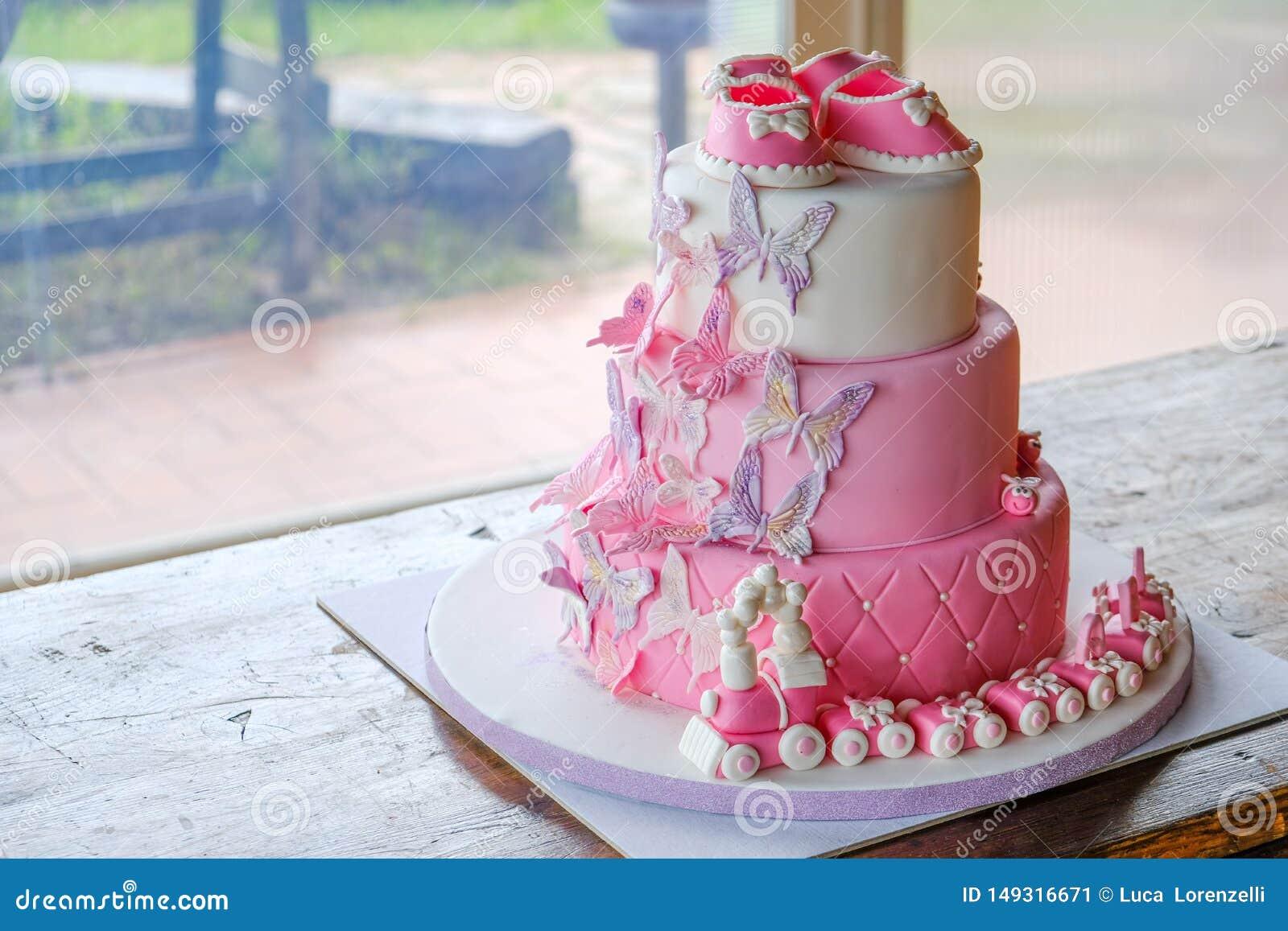 Swell Fist Cake For A Little Baby Girl Birthday For Celebrating Baptism Funny Birthday Cards Online Overcheapnameinfo