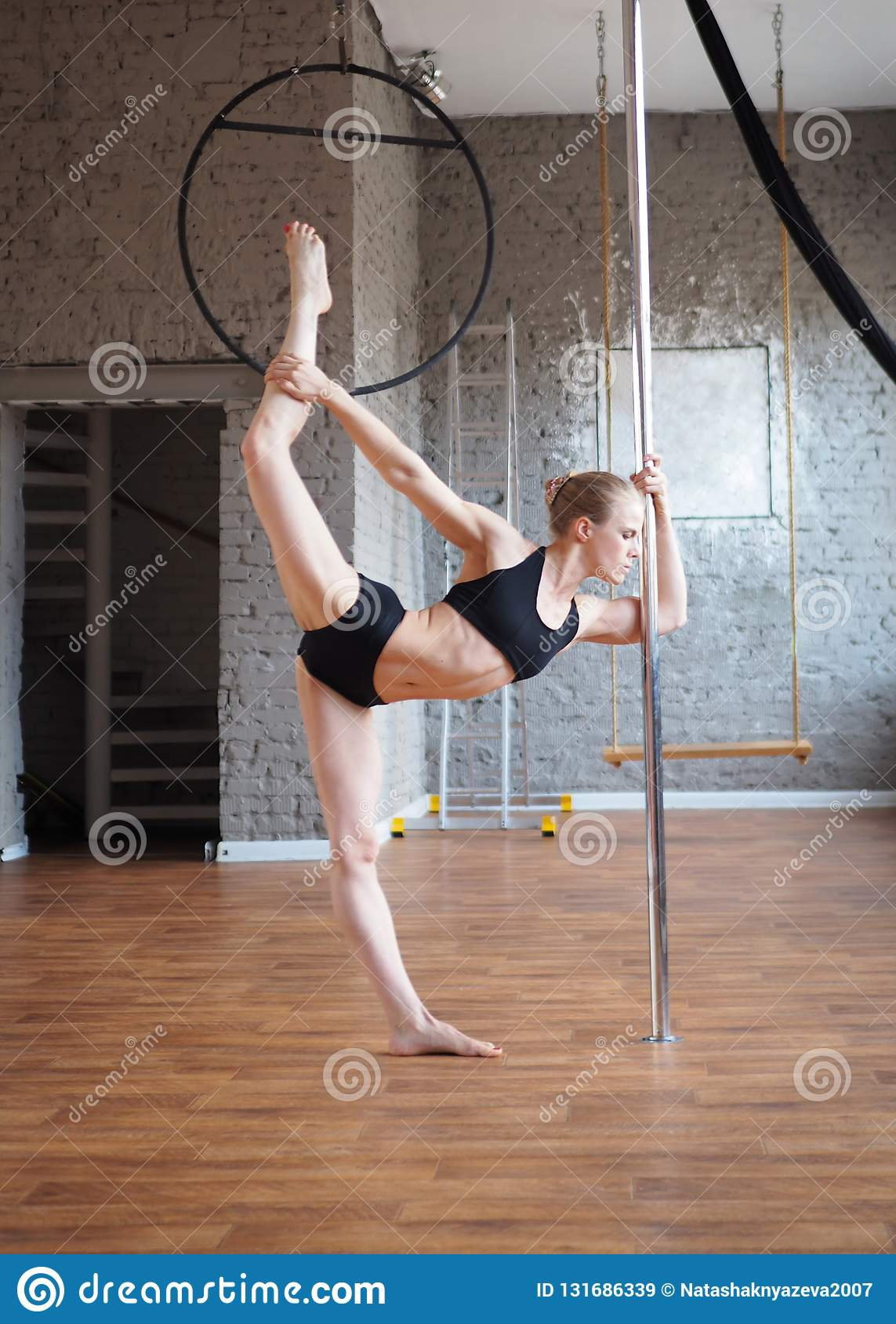 Pole dancing without panties