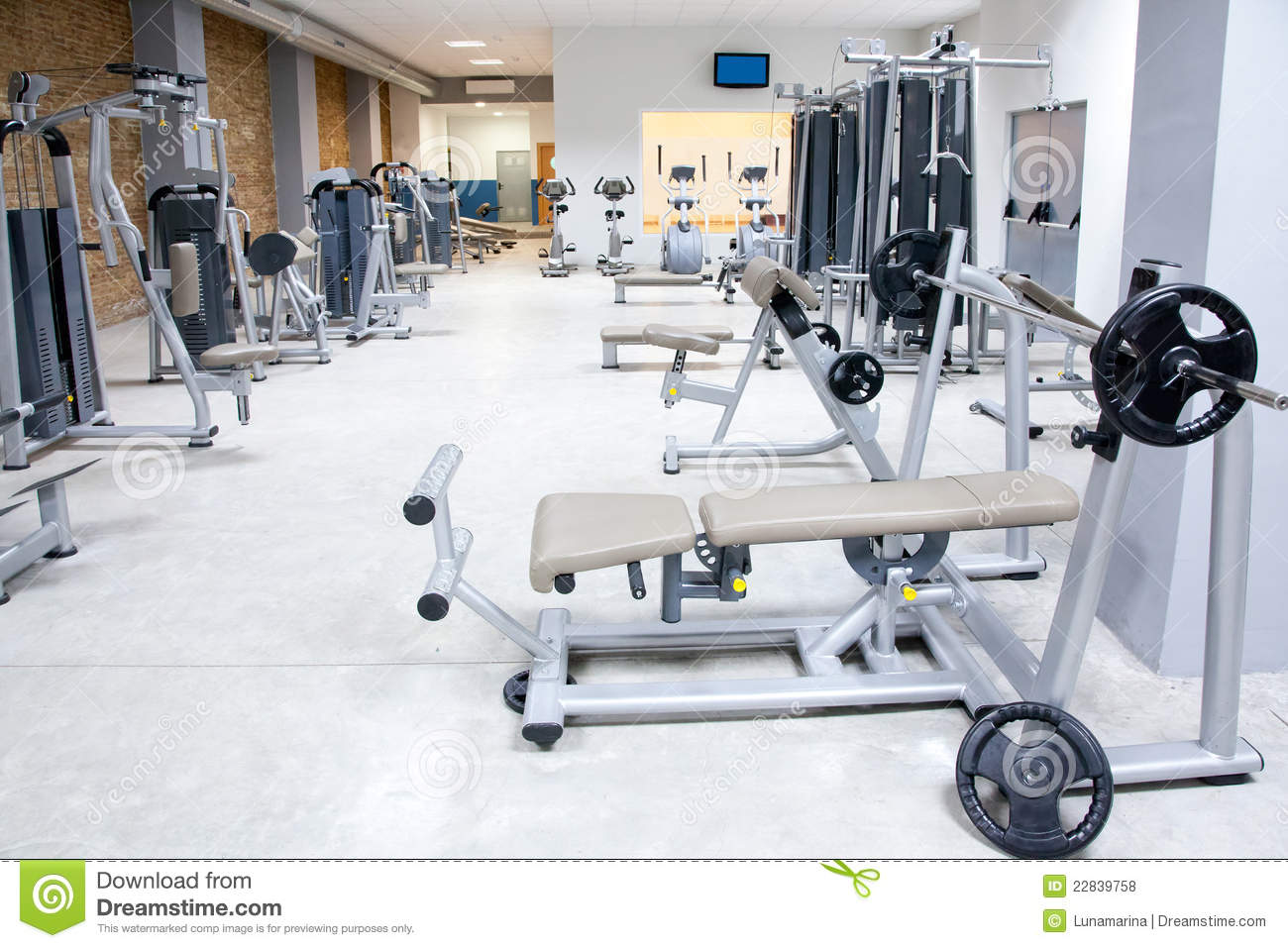 Fitness club gym with sport equipment interior royalty for Gimnasio fitness club