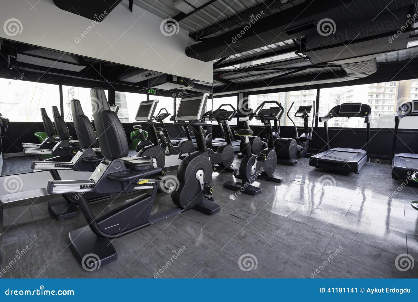 Fitness machines stock photo 73981446 for Gimnasio fitness club