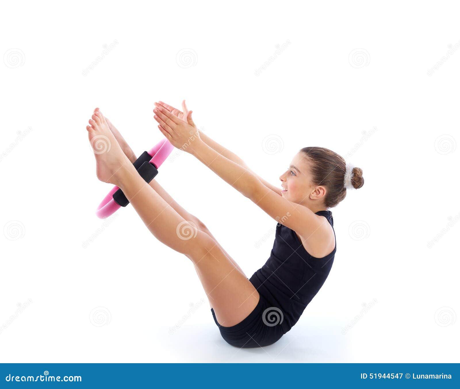 yoga pilates Escolha sua bola para pilates de acordo com sua altura a escolha da sua bola para pilates deve iniciar quando você sentar sobre ela, seus joelhos e quadris devem ser.